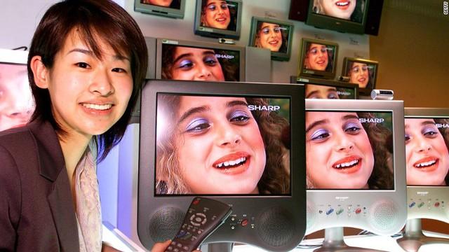 Sharp đầu tư mạnh mẽ vào tivi LCD và tấm nền màn hình không không mấy hiệu quả.