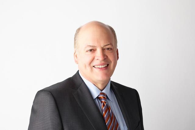 Giám đốc mảng xe tự lái và công nghệ di động của Ford, ông Jim Hackett.