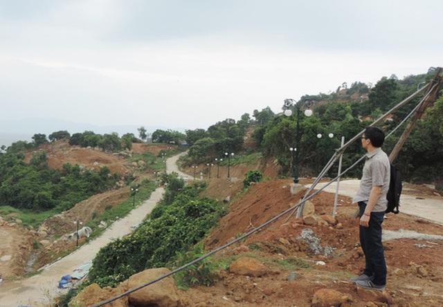Phó thủ tướng có mặt tại khu đất đã xây dựng 40 móng biệt thự chưa có phép ở Sơn Trà