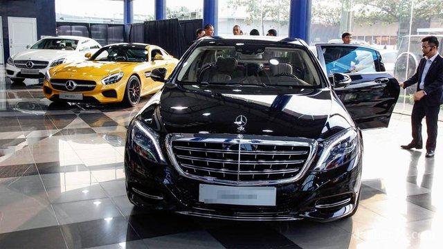 Trong khi ô tô cỡ nhỏ đang giảm giá cả trăm triệu thì xe dung tích lớn giá bị đẩy lên quá cao, không thể kinh doanh được