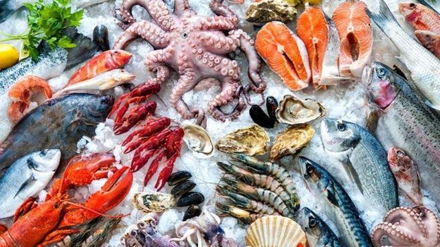 Các loại hải sản tươi sống cũng có thể bảo quản trong ngăn đá vài tháng.