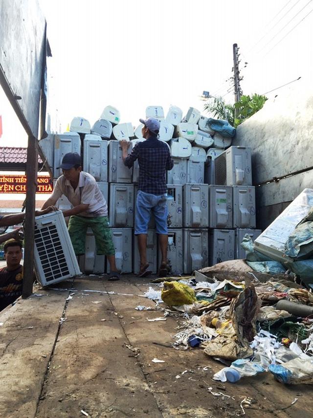 Số máy lạnh nhập lậu bị tạm giữ