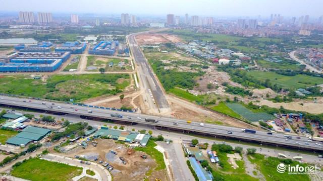 Dự án gồm xây dựng 2 tuyến đường có tổng chiều dài 3,7 km, trong đó tuyến chính (từ Nguyễn Xiển sang Xa La) dài hơn 2,5 km.