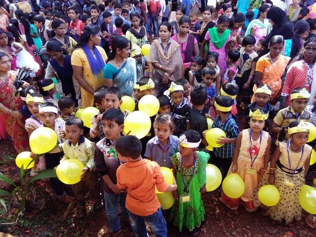 Ngày lễ praveshanotsavam ở Ấn Độ.
