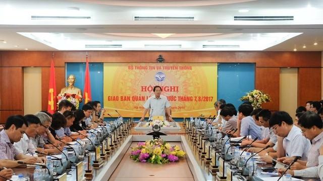 Bộ trưởng Trương Minh Tuấn chỉ đạo cần quyết liệt ngăn chặn SIM rác, tin nhắn rác quay trở lại. Ảnh: Trọng Đạt