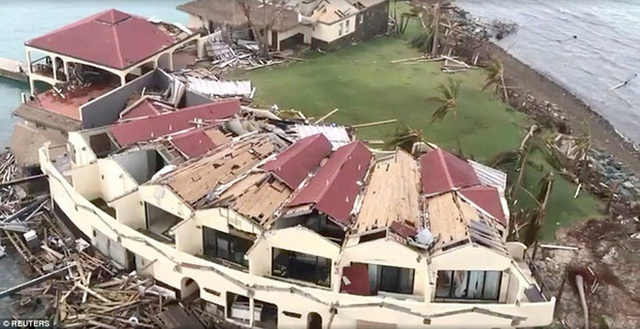 Gần như toàn bộ cơ sở hạ tầng và khu định cư bị phá hủy. Ảnh: Reuters