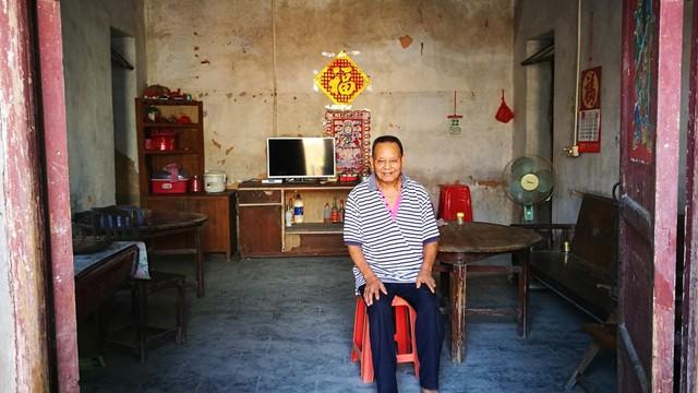 Ông Jiang Shuian chỉ muốn sửa sang lại ngôi nhà của mình, nhưng ước mơ ở tuổi 67 là quá khó khăn.