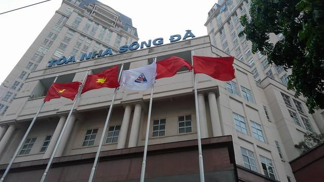 Tổng công ty Sông Đà còn mang nhiều khoản nợ lớn.