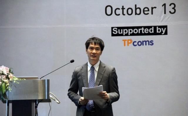 Phó Cục trưởng Cục Viễn thông Nguyễn Phong Nhã thuyết trình tại hội thảo quốc tế về kết nối băng rộng FTTH hồi tháng 10/2016.