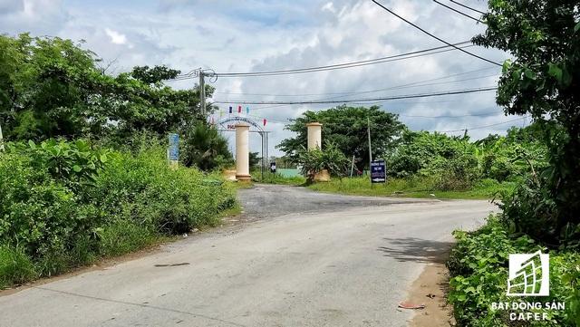 Dự án Khu dân cư Phước Lộc, tọa lạc trên trục đường Lương Văn Nho, tiếp giáp sông Hà Thanh và cách bờ biển hiện tại 1,2 km. Theo thiết kế, 60% quỹ đất được dành cho công viên cây xanh, các công trình phúc lợi công cộng, giao thông. Riêng khu vực dân cư sẽ có khoảng 490 căn biệt thự độc lập với diện tích 300- 800 m2/căn.