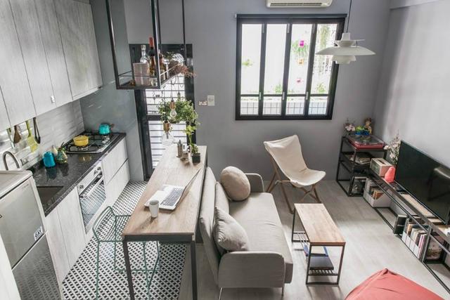 Với diện tích rất hạn chế nhưng căn hộ này luôn khiến người xem phải trầm trồ thán phục bởi không gian thông thoáng và cách bố trí vô cùng thông minh, hợp lý.