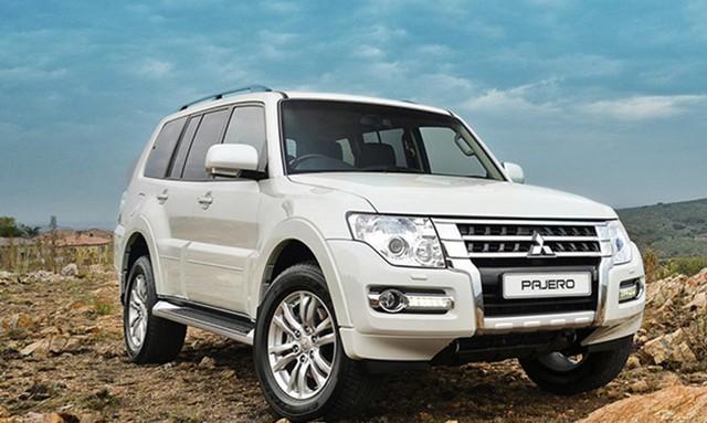 Mẫu SUV Pajero vừa được giảm tới 214 triệu đồng.