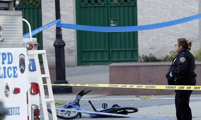 Cảnh sát phong tỏa hiện trường vụ tấn công. (Nguồn: AP)