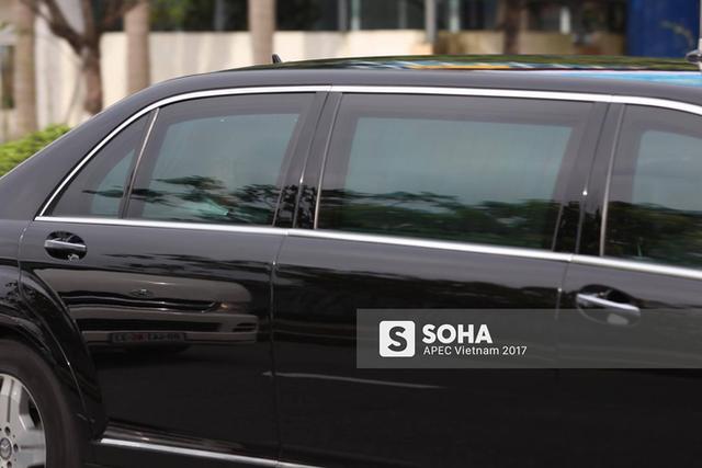 Tổng thống Putin được nhìn thấy ở hàng ghế sau trong xe Mercedes-Benz S600 Pullman Guard