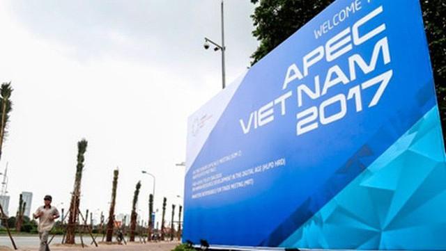 Đại sứ Nguyễn Quang Khai nói về APEC 2017: Một nửa thế giới đã đến gõ cửa Việt Nam - Ảnh 2.
