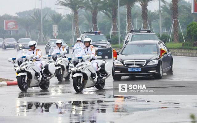 Đoàn xe Chủ tịch Trung Quốc Tập Cận Bình đã về đến khách sạn tại Hà Nội - Ảnh 2.