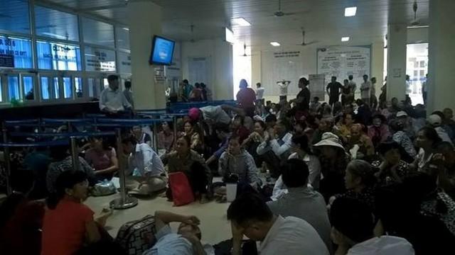 Bệnh nhân chờ khám tại Bệnh viện K cơ sở 3