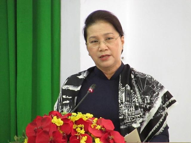 Chủ tịch QH Nguyễn Thị Kim Ngân phát biểu tại phiên khai mạc kỳ họp HĐND TP Cần Thơ ngày 5-12. Ảnh: NN