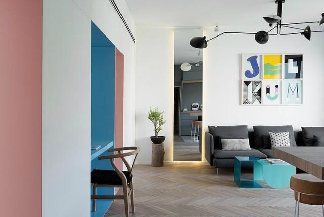 Diện tích căn hộ này tuy không lớn nhưng cũng đủ để tạo nên một không gian sống trẻ trung và thoáng mát cho cả gia đình trẻ.
