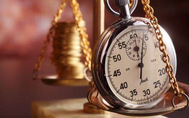 Mỗi người cần quản lý thật tốt thời gian của mình để tránh lãng phí cuộc đời ngắn ngủi.