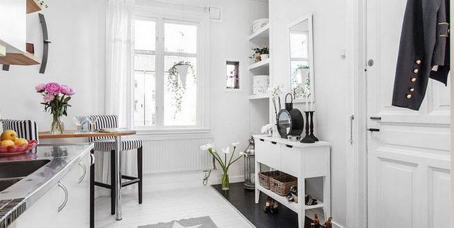 Ngôi nhà có một lợi thế đặc biệt là hai mặt thoáng nên không khí trong nhà được lưu thông rất tốt.