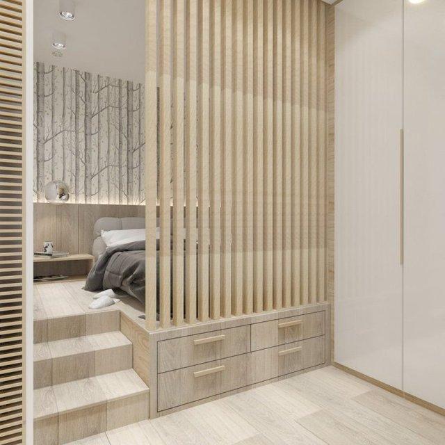 Không gian nghỉ ngơi được bố trí lùi vào bên trong với nền nhà được nâng cao để tận dụng làm nơi cất đồ.