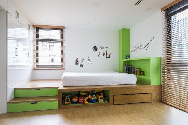 Không gian tầng 2 được thiết kế đặc biệt với phòng ngủ, góc học tập và vui chơi dành riêng cho hai thiên thần nhỏ trong nhà.
