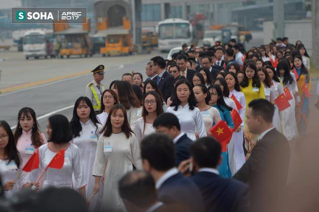 Đoàn xe Chủ tịch Trung Quốc Tập Cận Bình đã về đến khách sạn tại Hà Nội - Ảnh 4.
