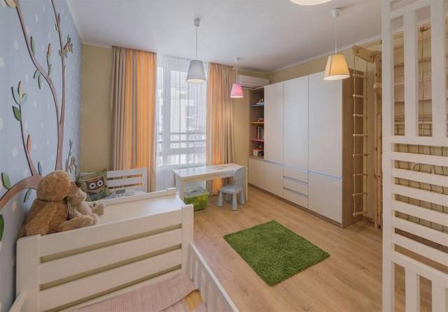 Khu vực nhiều màu sắc nhất và rộng thoáng phải kể đến phòng cho bé.