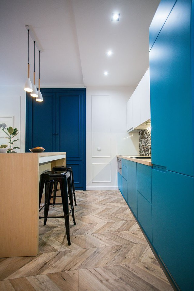 Điểm ấn tượng đặc biệt nhất trong căn nhà này đó là những món đồ nội thất với gam màu xanh tươi mát.