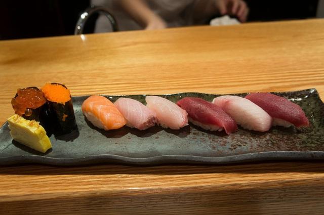 Nhà hàng Kurumazushi.