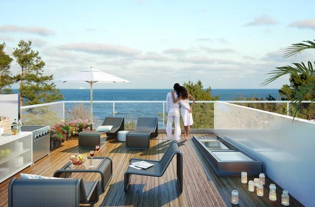 Tầng thượng của toà nhà là khu vực thư giãn ngắm cảnh biển của cư dân.