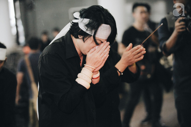 Những hình ảnh xúc động trong lễ tang nhà giáo Văn Như Cương - Ảnh 15.