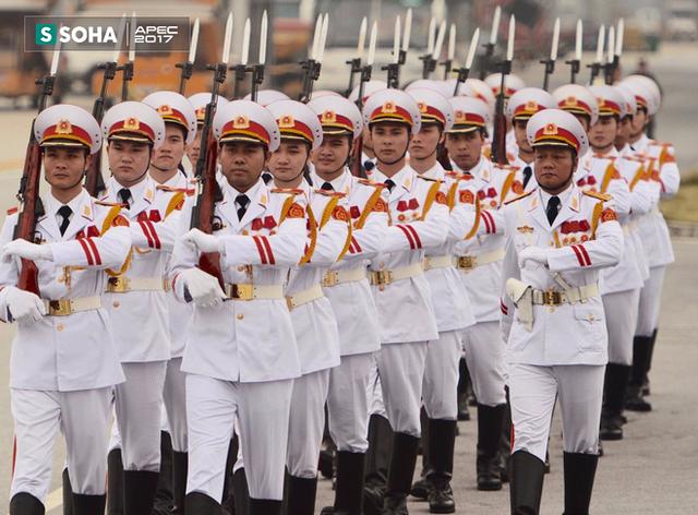 Chuyên cơ của Chủ tịch Trung Quốc Tập Cận Bình rời Đà Nẵng bay ra Hà Nội - Ảnh 1.