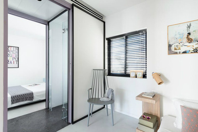 '' Bởi mang tính chất nghỉ ngơi nên phòng ngủ không chứa quá nhiều màu sắc như không gian phòng khách và bếp. ''
