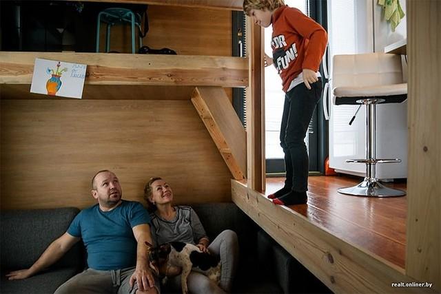Không gian tuy nhỏ nhưng cả gia đình luôn được hưởng cuộc sống thoải mái, tiện nghi và đầm ấm.