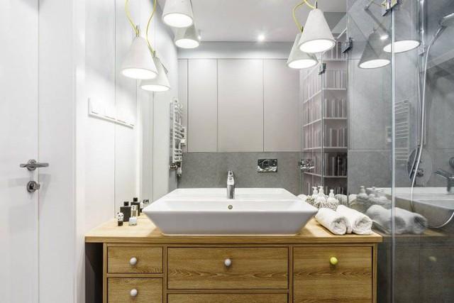 Không gian phòng tắm sang trọng với những thiết bị cao cấp.