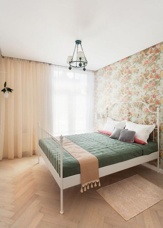 Dù qui mô rất nhỏ nhưng không gian nghỉ ngơi được dành hẳn 1 phòng riêng biệt bảo đảm sự riêng tư, kín đáo cho chủ nhà.