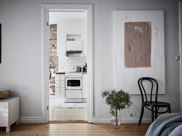 Bếp và khu vực ăn uống được bố trí riêng một không gian.