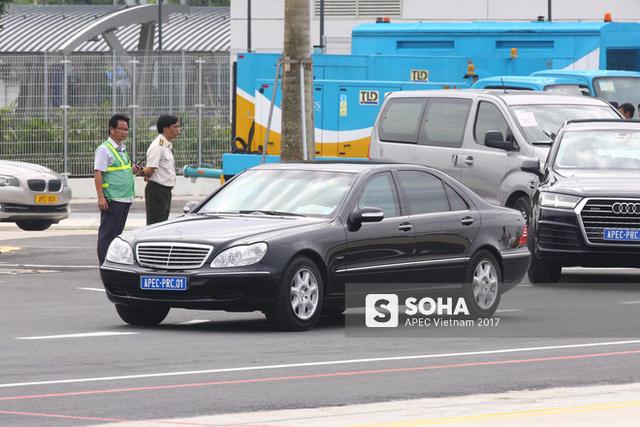 Xe đưa Chủ tịch Trung Quốc Tập Cận Bình ra sân bay