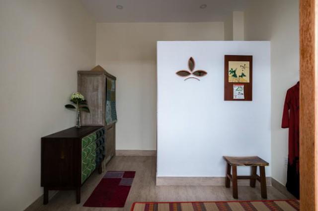 Kiểu thiết ké gợi cho người ta nhớ đến các căn nhà thời xưa rất hợp có người có tuổi.