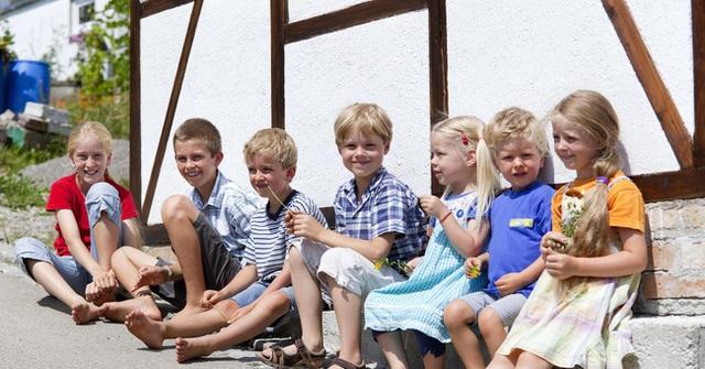 Trẻ em Đức thường có rất nhiều bạn bè và cha mẹ của các em không bao giờ can thiệp vào chuyện kết bạn của con.