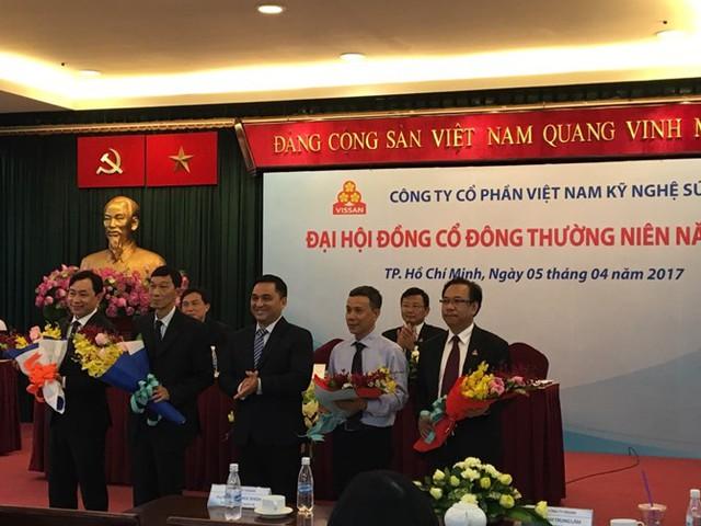 Ông Nguyễn Ngọc An (ngoài cùng bên phải)