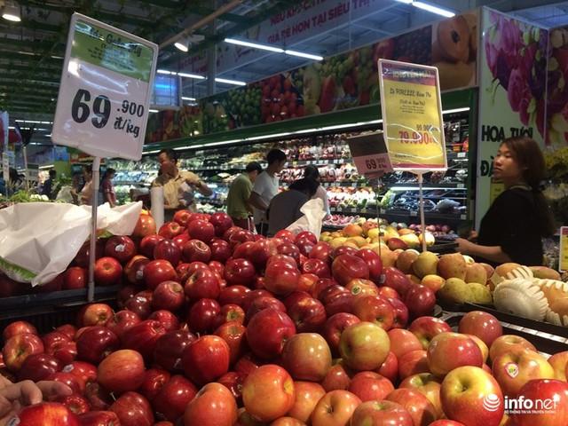"""Do đó, một số loại táo nhập khẩu tại Big C hiện nay có giá cạnh tranh trên thị trường là do chúng tôi hạn chế được một số khâu trung gian trong nhập khẩu và có nhiều sự lựa chọn hơn về nguồn cung cấp""""."""