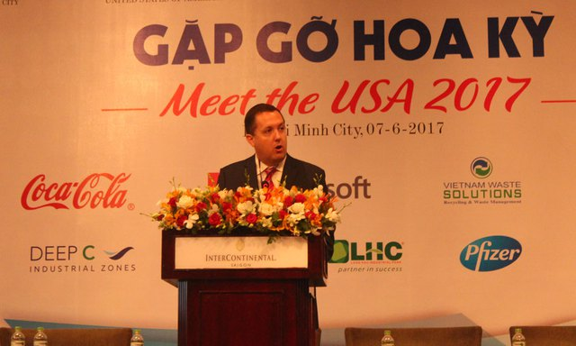 Chủ tịch Hiệp hội Thương mại Mỹ (AmCham) tại VN Jonathan Moreno (Ảnh: Văn Bình)