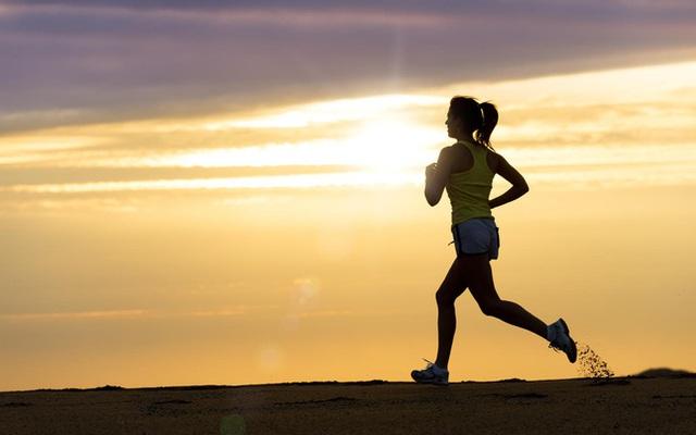 Rèn luyện cả về thể chất và tinh thần là một trong 12 yếu tố giúp con người có thể thay đổi vận mệnh, bởi lẽ, sức khỏe thể chất và tinh thần là nền tảng giúp con người hiện thực hóa mọi lý tưởng.