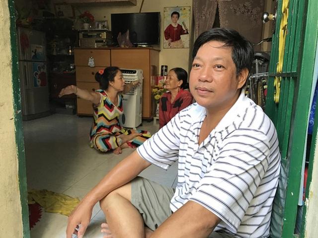 Anh Trần Anh Minh, ngụ số 1/25A đường Hoàng Diệu vẫn chưa hết bàng hoàng kể về đám cháy