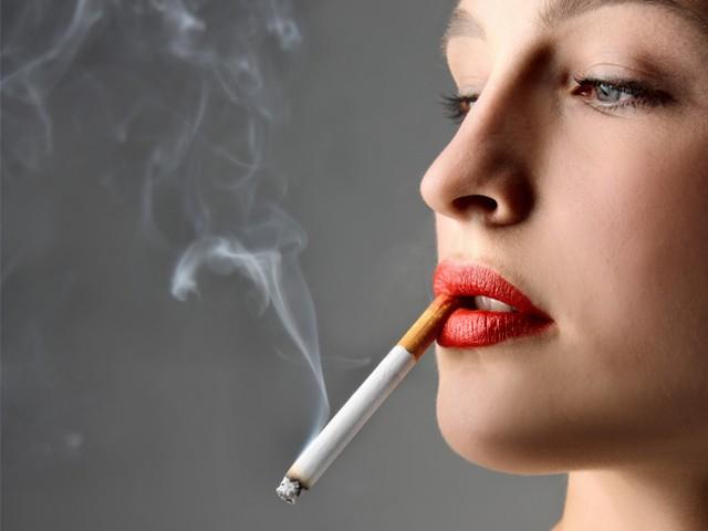 Hút thuốc gây nướu răng, suy thoái nha chu