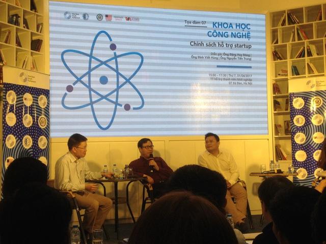 Buổi hội thảo giữa các đại diện startup và Thứ trưởng Đặng Huy Đông