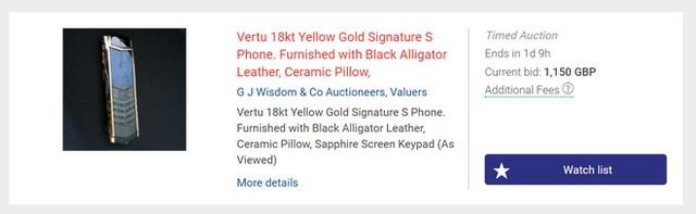 Chiếc điện thoại dát vàng và được bọc da cá sấu nhưng chỉ có giá 1,500 USD.